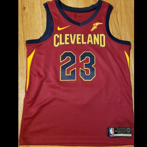 meet c4b15 de558 LeBron James NIKE Cavaliers Swingman Jersey (44)